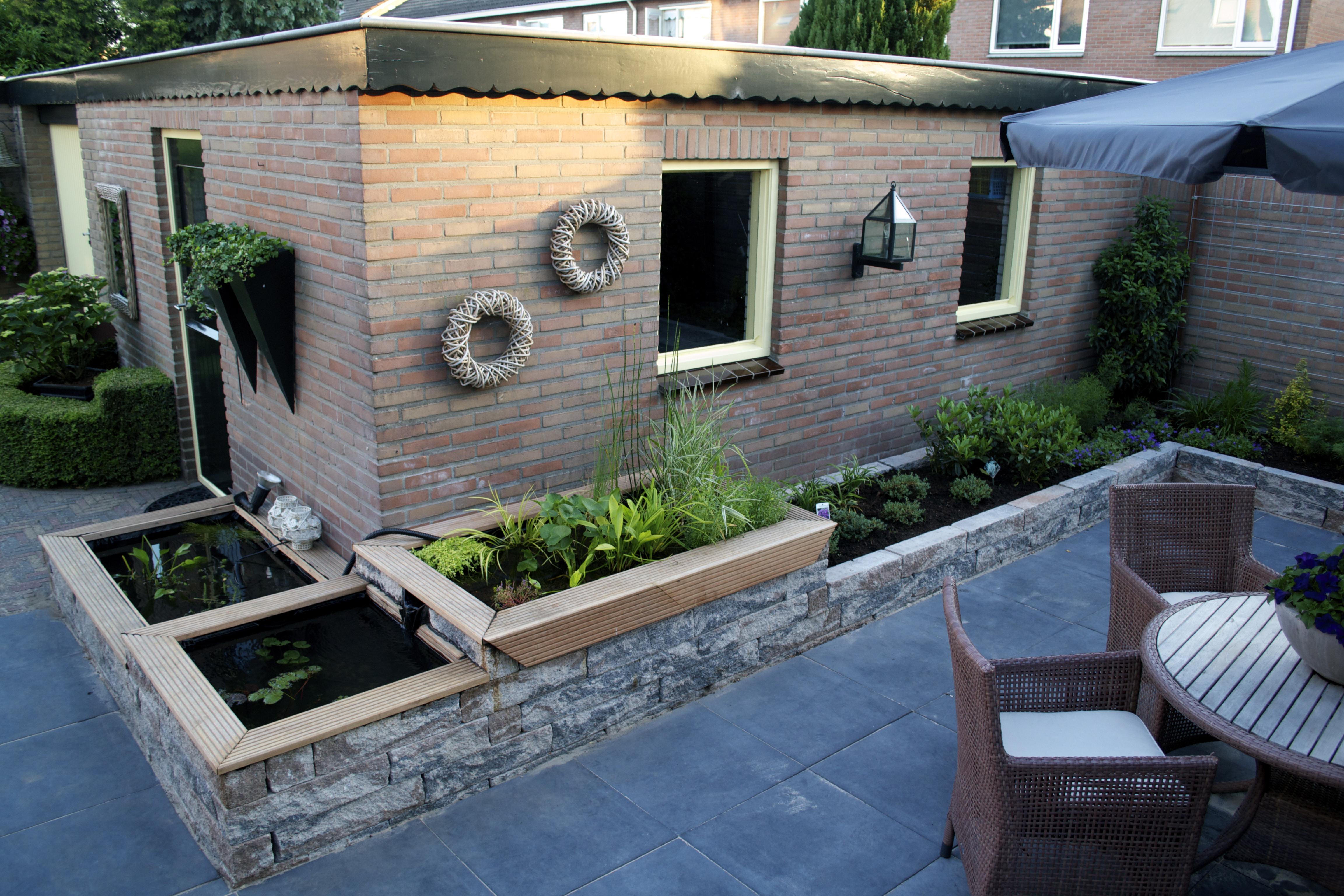 Aanleg tuin en vijver Putten